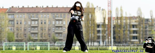 """Wir stellen vor – Ilja Lauber, Autorin von """"Kick it vegan!"""""""